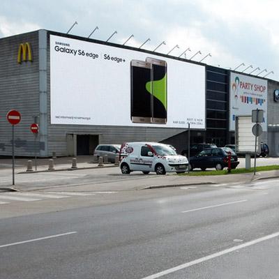 Oglaševanje na fasadah